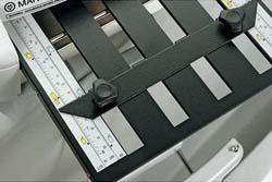 自動給紙式紙折り機P7200ゲージ説明